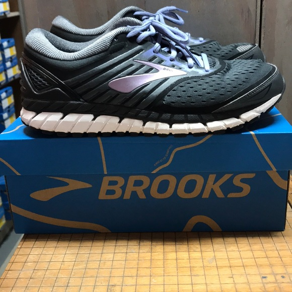 hot sale online b33f6 37a61 Brooks Ariel 18 039 9.5 Medium